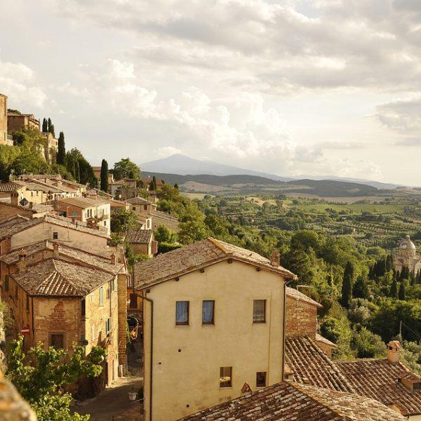 Glimpse of Italian countryside